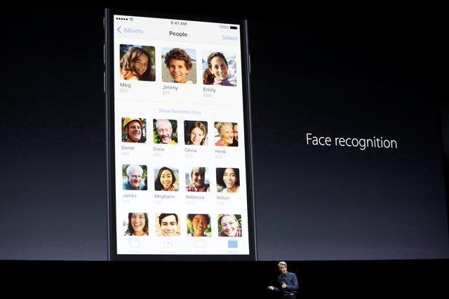 แอปพลิเคชัน Photos บน iOS 10 จะมีคุณสมบัติใหม่เพิ่มขึ้นคือการวิเคราะห์ใบหน้าหรือ facial recognition