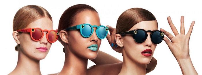 แว่น Spectacles มีให้เลือก 3 สีคือดำ เขียว และแดง