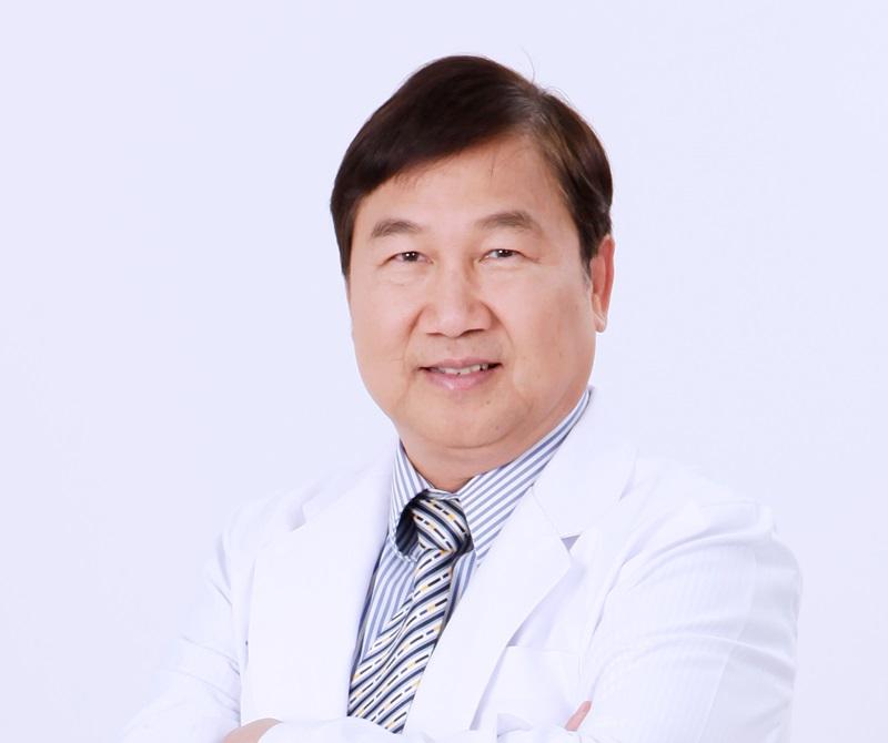 นพ.สุพจน์ สัมฤทธิวณิชชา ประธานเจ้าหน้าที่บริหารโรงพยาบาลยันฮี