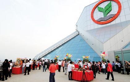 10 อันดับบริษัทยอดนิยม : อันดับ 8 ธนาคารกสิกรไทย | Positioning Magazine